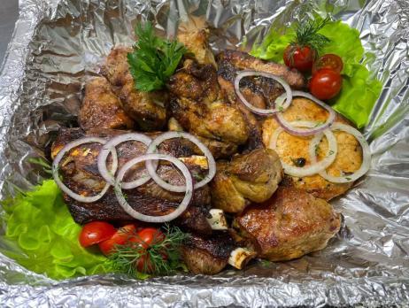 Сет шашлыка с доставкой по Воронежу, целый килограмм горячего мяса
